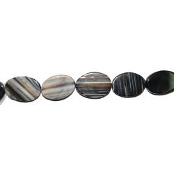 Ágata negra veteada oval plano 20*30 mm.